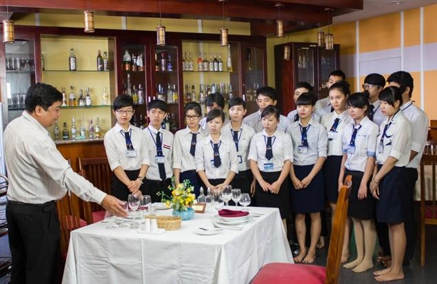 Truong Cao Dang Nghe Du Lich Sai Gon 129285