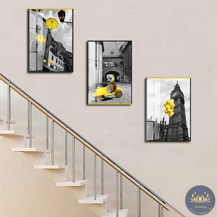 Mỗi phòng, mỗi khu vực đều phù hợp với mẫu tranh dán tường riêng