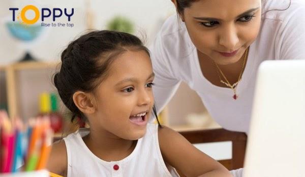 Luôn bên cạnh, giúp đỡ bé học tập