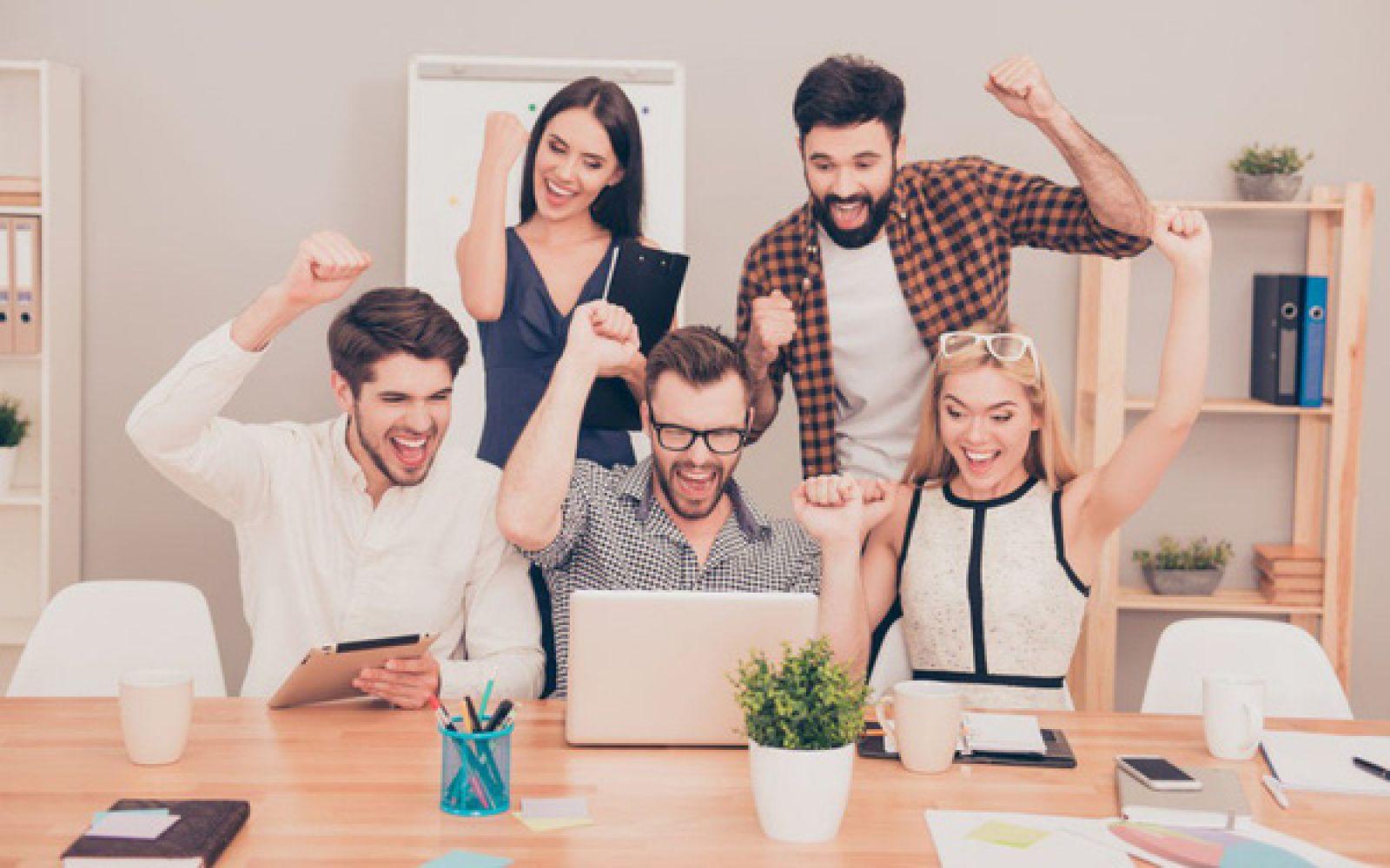 Làm sao để trở thành đồng nghiệp điểm 10 trong mắt bạn bè công sở?